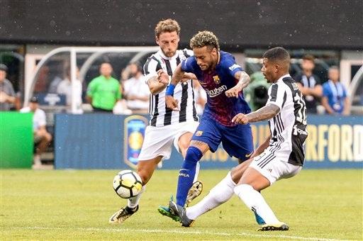 Neymar thi đấu tuyệt hay trước Juventus