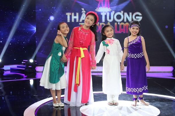 Top 4 chung kết Thần tượng tương lai, từ trái sang: Quỳnh Như, Linh Phương, Nghi Đình và Hiền Trân.