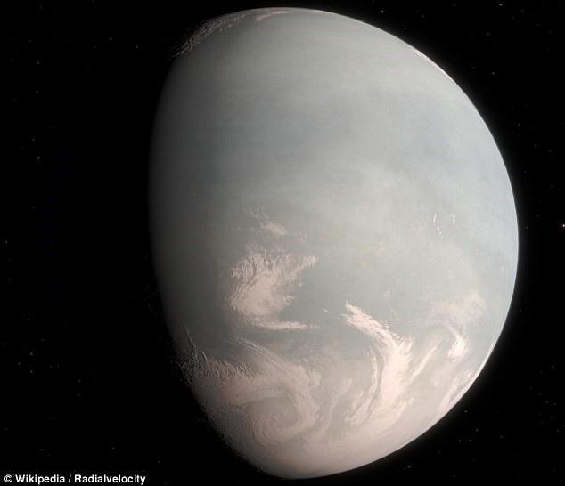 Các nhà khoa học đã phát hiện ra hai hành tinh Gliese 832b và Gliese 832c nhờ kỹ thuật vận tốc xuyên tâm. Hành tinh thứ ba có thể nằm giữa hai hành tinh này.