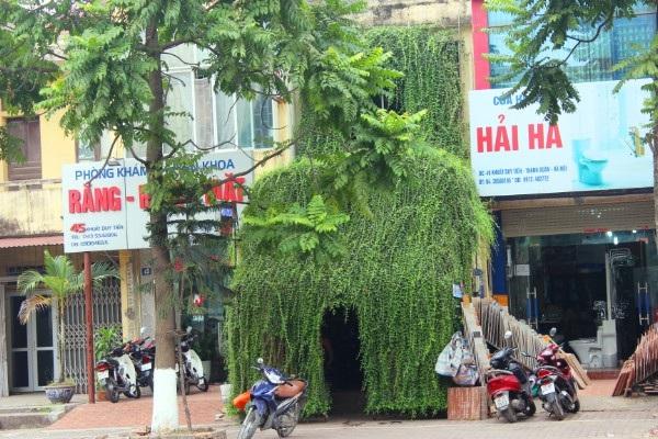 Căn nhà nổi bật trên phố phường Hà Nội