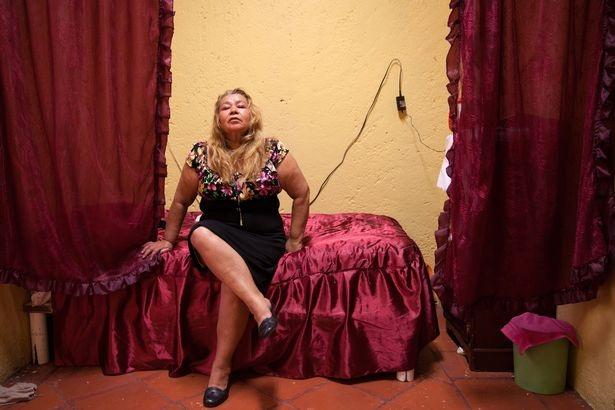 Bên trong ngôi nhà dành cho những kỹ nữ giải nghệ ở Mexico City - 8