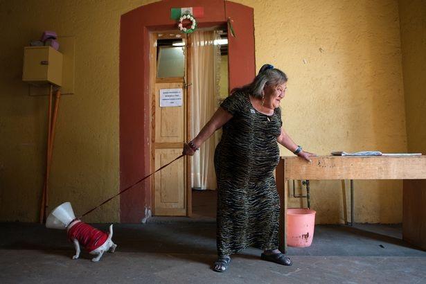 Bên trong ngôi nhà dành cho những kỹ nữ giải nghệ ở Mexico City - 15
