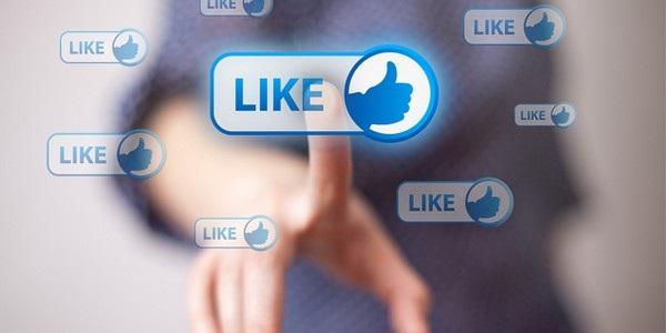 Một cú nhấn Like ảnh tưởng chừng như vô hại trên Facebook cũng có thể làm ảnh hưởng đến cuộc sống thực (Ảnh minh họa)