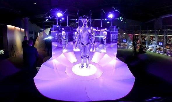 Người máy sẽ sớm trở thành mối nguy của con người - 1