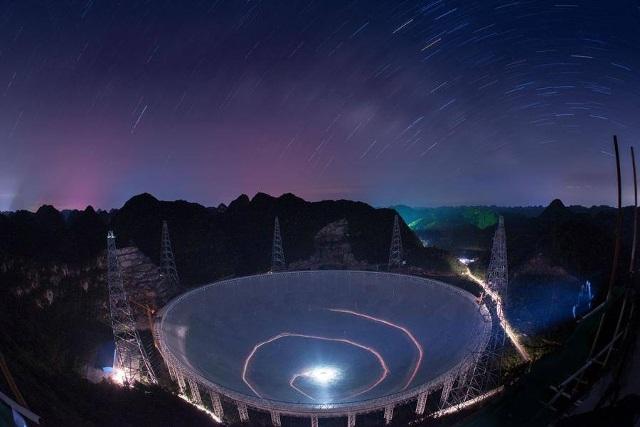 Kính viễn vọng khổng lồ của Trung Quốc được xây dựng với mục đích săn tìm người ngoài hành tinh