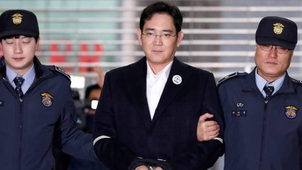 Dù bị kết án 5 năm tù trong phiên xử vào cuối tháng 8 vừa qua, ông Lee Jae Yong, phó Chủ tịch Tập đoàn Samsung Electronics vẫn bị đề nghị mức án 12 năm tù trong phiên tòa phúc thẩm. (Nguồn: stuff.co.nz)