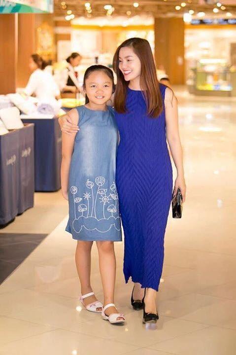 Ngọc Anh và con gái.