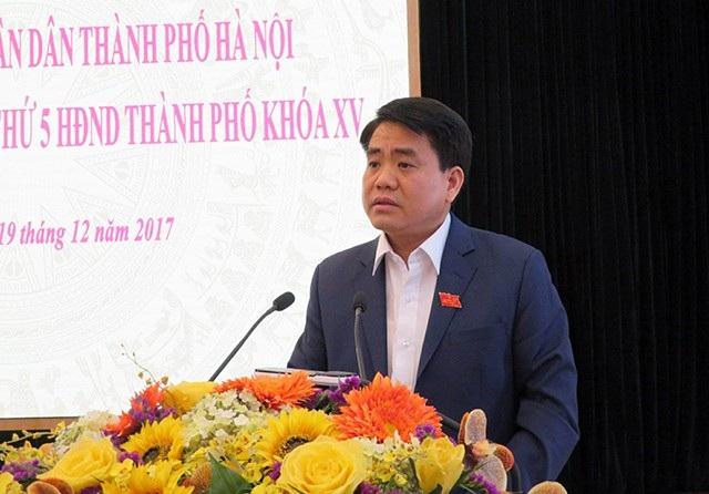 Ông Nguyễn Đức Chung - Chủ tịch UBND TP Hà Nội tiếp xúc cử tri quận Hoàn KiếmKiếm
