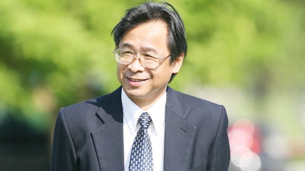 PGS. TS. Nguyễn Lân Trung - Nguyên Phó hiệu trưởng trường ĐH Ngoại ngữ.
