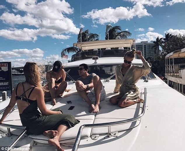 Kỳ nghỉ hè sẽ không thể trọn vẹn nếu những chuyến du lịch sang chảnh vòng quanh thế giới trên du thuyền sang trọng.