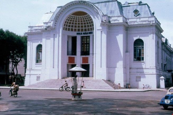Sài Gòn – TPHCM: 42 năm nguyên vẹn những góc phố, tuyến đường - 11