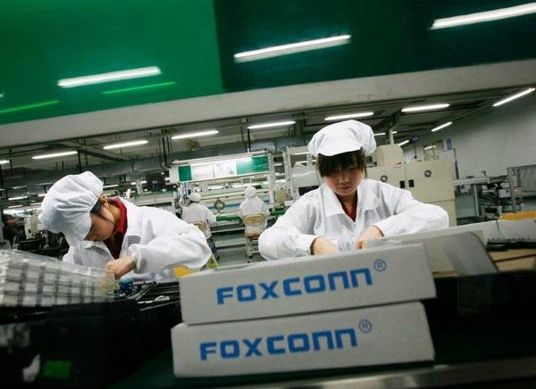 Foxconn đã phải tính đến phương án sản xuất tại Mỹ sau khi ông Donald Trump nhậm chức Tổng thống Mỹ thứ 45