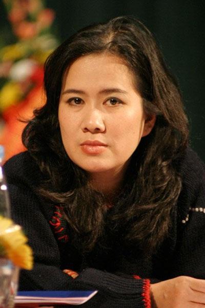 Nhà văn Nguyễn Thị Thu Huệ được bầu làm Chủ tịch Hội Nhà văn Hà Nội - 1