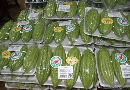 Rau - củ - quả sản xuất trên địa bàn thành phố bước đầu được dán nhãn truy xuất nguồn gốc