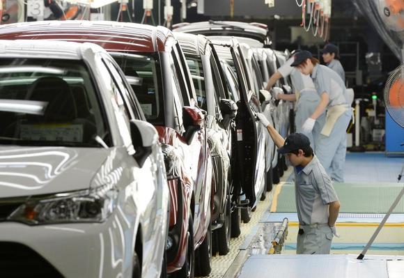 Nhu cầu tiêu thụ ô tô tăng mạnh là một thách thức lớn trong quy hoạch giao thông đô thị