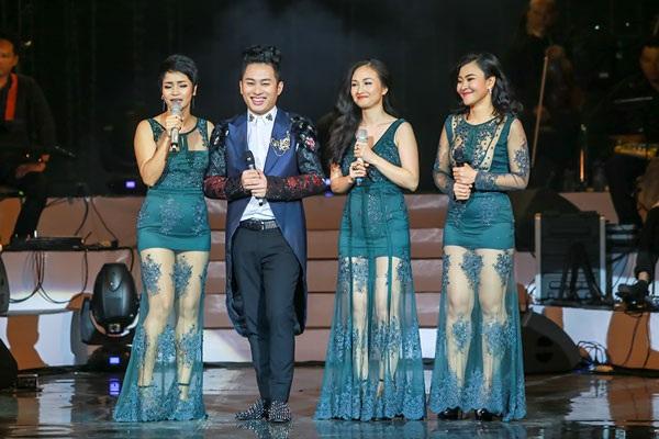 Ca sĩ Tùng Dương dành nhiều chia sẻ cho các ca sĩ đàn chị.