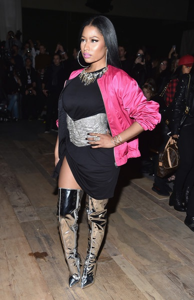 Nicki Minaj rất tự hào về thân hình nóng bỏng mà cô có được
