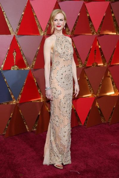Nicole được đề cử ở hạng mục nữ diễn viên phụ xuất sắc nhất với vai diễn trong phim Lion