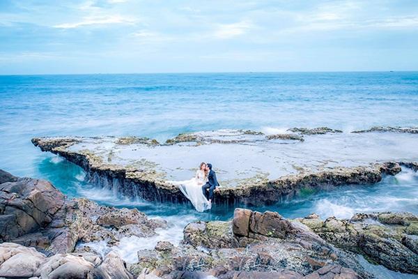 Cảnh đẹp Ninh Thuận (Việt Nam) trong bộ ảnh cưới của Dương và Phú
