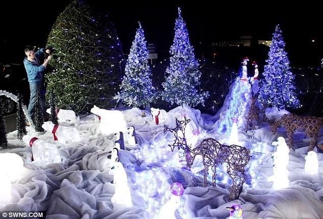 Giới nhà giàu ở Anh sẵn sàng bỏ ra hàng chục nghìn bảng Anh để trang trí dịp Noel