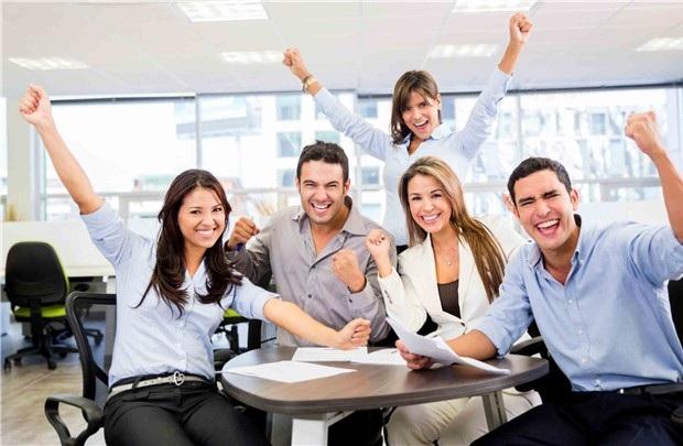 Nơi làm việc tốt nhất thế giới: mỗi năm họp 5 lần - 1