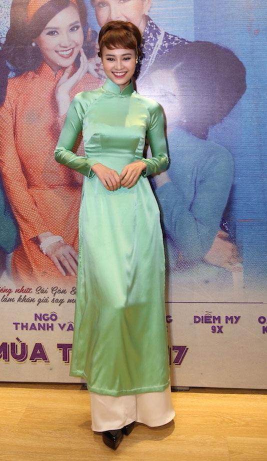 Sau chia sẻ của diễn viên Minh Luân về việc bị người tình 3 năm trả nhẫn đính hôn, Ninh Dương Lan Ngọc vẫn không lên tiếng và tiếp tục phát triển sự nghiệp ngày càng thăng hoa của mình