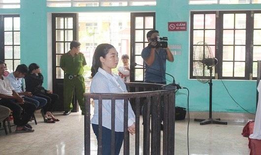 Hòa nhận mức án 15 năm tù (ảnh: H.N)