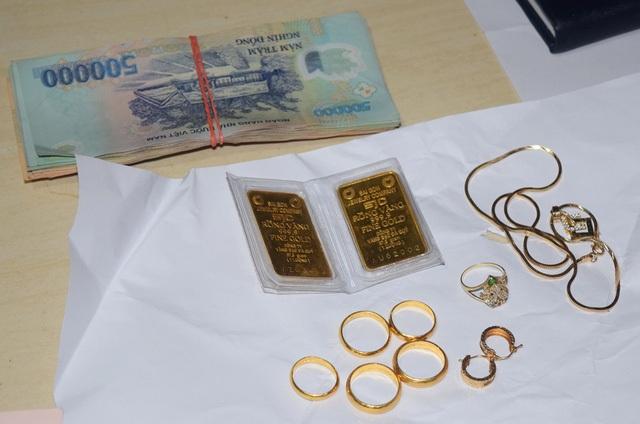 Số vàng và tiền còn lại
