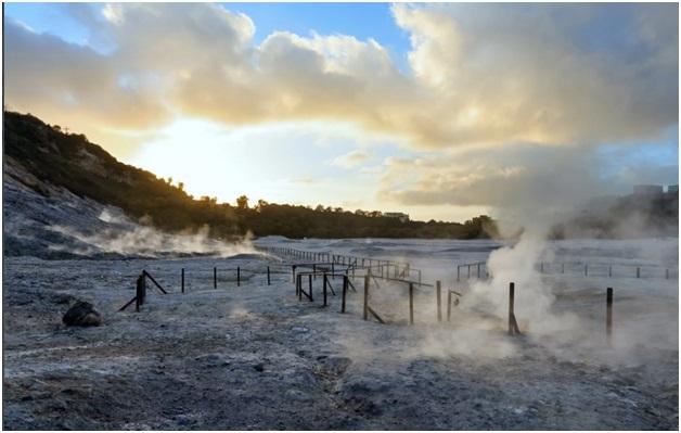 Một miệng núi lửa lớn tên gọi là Campi Flegrei ở Naples có thể khiếp sợ hơn so với suy nghĩ trước đây.
