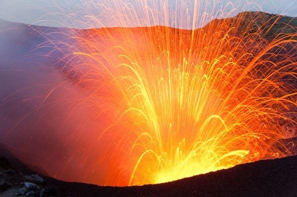 Chắc chắn rằng ngọn núi lửa này đang trở nên nguy hiểm.