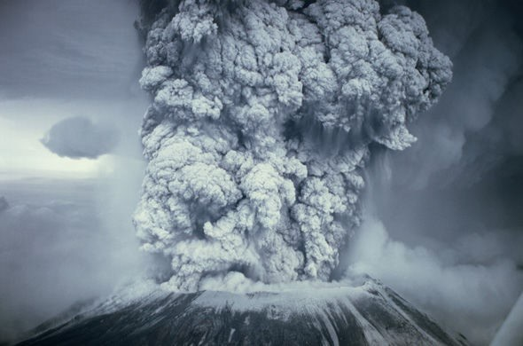 Tro bụi sẽ bị thổi đầy vào bầu khí quyển khi ngọn Agung phun trào.