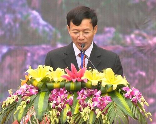 Ông Trần Văn Tuấn, Phó Chủ tịch UBND huyện An Lão, Trưởng ban tổ chức phát biểu khai mạc lễ hội.