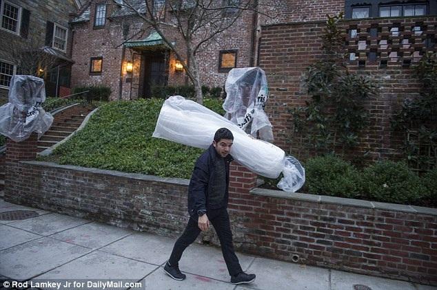 Gia đình Tổng thống Obama chuẩn bị dọn đến nhà mới - 5