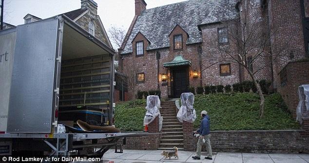 Gia đình Tổng thống Obama chuẩn bị dọn đến nhà mới - 4