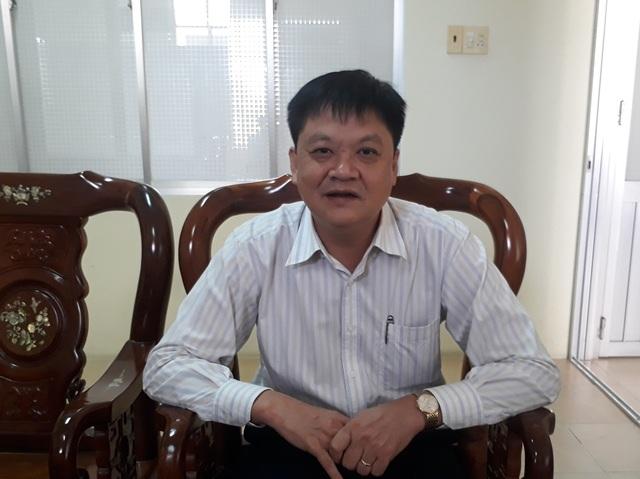 Ông Dương Tấn Hiến - Chủ tịch UBND quận Ninh Kiều, trao đổi với PV Dân trí về việc lập lại trật tự kỷ cương đô thị trên địa bàn quận này
