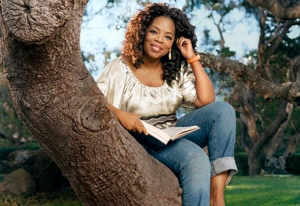 """Oprah Winfrey: """"Tôi không thể tưởng tượng nổi tôi sẽ ở đâu hay sẽ là ai nếu không có một công cụ căn cốt là đọc."""""""