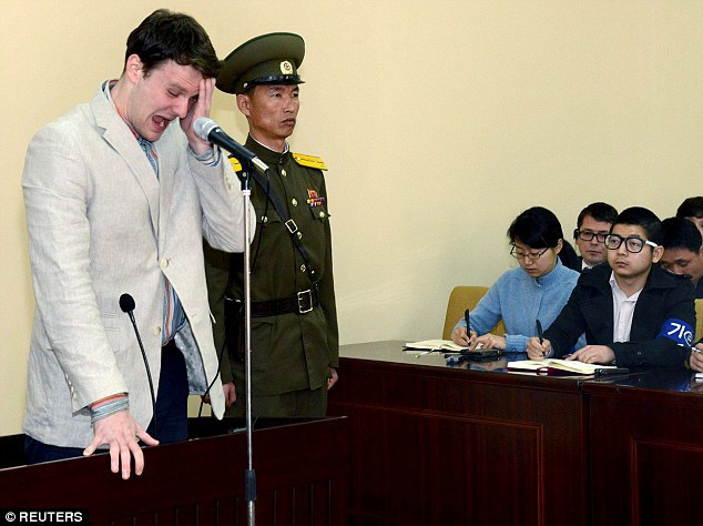 Otto Warmbier trong phiên tòa xét xử tại Triều Tiên tháng 3/2016. (Ảnh: Reuters)