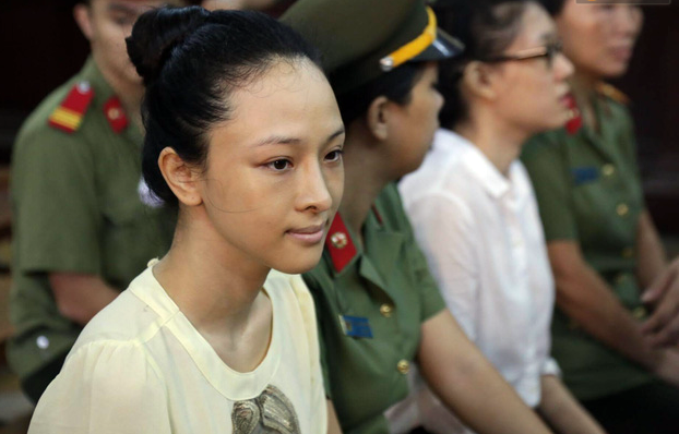 Hoa hậu Phương Nga tại phiên tòa sơ thẩm lần 1