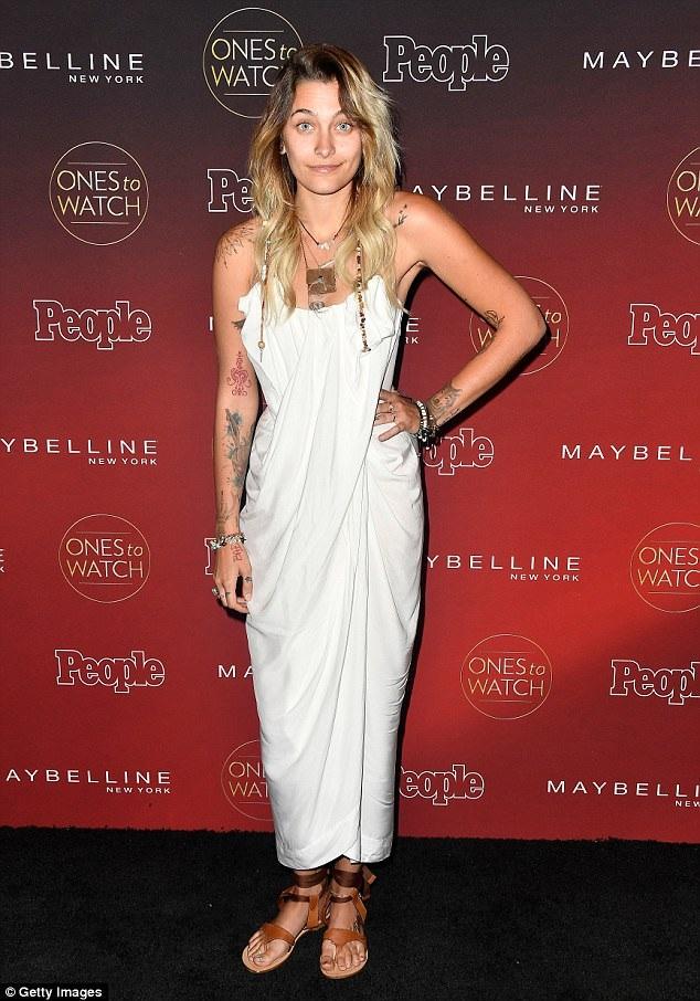 Paris Jackson xuất hiện trong sự kiện tại Los Angeles ngày 5/10 vừa qua trong bộ váy trắng đơn giản