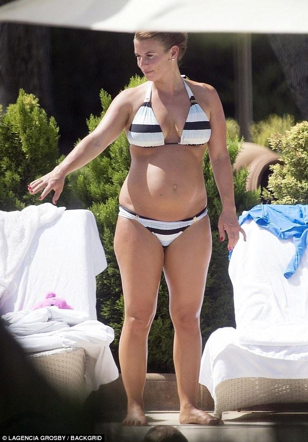 Vợ danh thủ Anh Wayne Rooney đang mang thai đứa con thứ 4