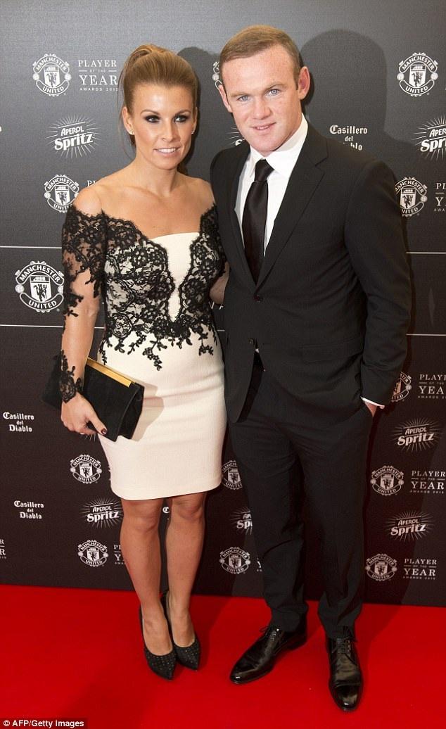 Coleen Rooney và Wayne Rooney tận hưởng cuộc sống hạnh phúc và yên bình tại Anh.