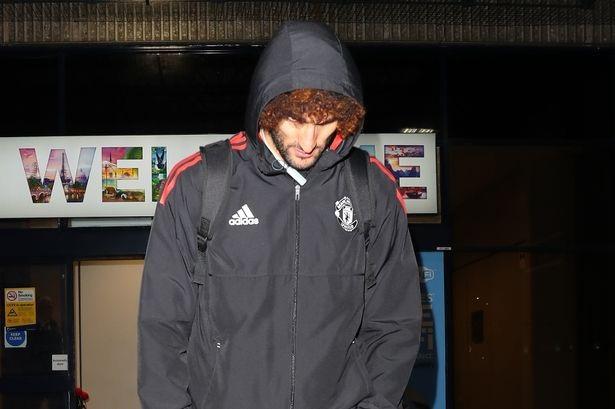 Fellaini bỏ lỡ nhiều cơ hội ghi bàn nhất trong hiệp một. Ít nhất tiền vệ người Bỉ có ba cơ hội mở tỉ số trận đấu nhưng anh đều không thành công