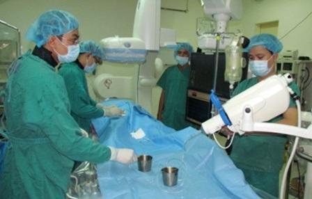 13 bệnh nhân đã được điều trị phì đại tiền liệt tuyến bằng phương pháp mới tại khu vực phía Nam