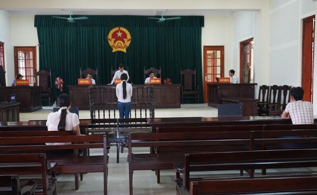 HĐXX tuyên án, chấp nhận kháng cáo, chuyển từ tù giam thành tù treo cho bị cáo Vân