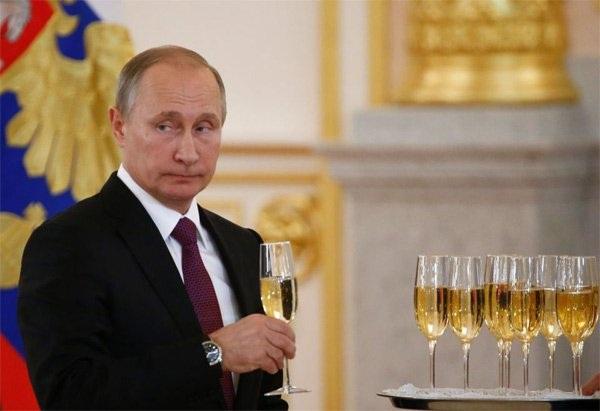 Tổng thống Nga Vladimir Putin. Ảnh: The Sun
