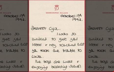 Một bức thư Công nương Diana gửi cho quản gia Cung điện Buckingham Steward Cyril Dickman vào ngày 17-10-1992. Ảnh: FOX NEWS