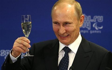 Tổng thống Putin được cho là đang đưa giới lãnh đạo phương Tây vào một vòng tròn không lối thoát