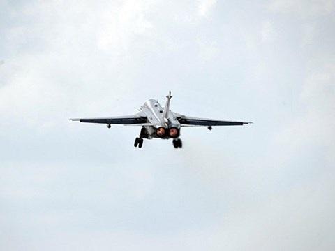 Cường kích Su-24 sẽ được chuyển dần về các căn cứ ở Nga