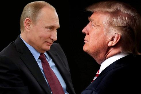 Tổng thống Nga Vladimir Putin (trái) và Tổng thống đắc cử Mỹ Donald Trump. (Ảnh: New York Post).