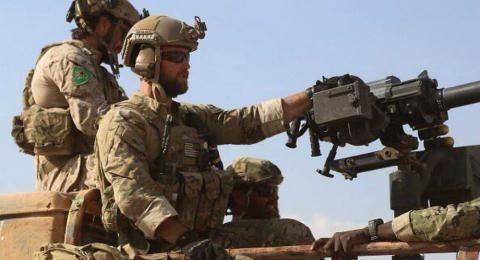 Quân đội Mỹ đeo cờ của lực lượng người Kurd SDF để chống khủng bố.